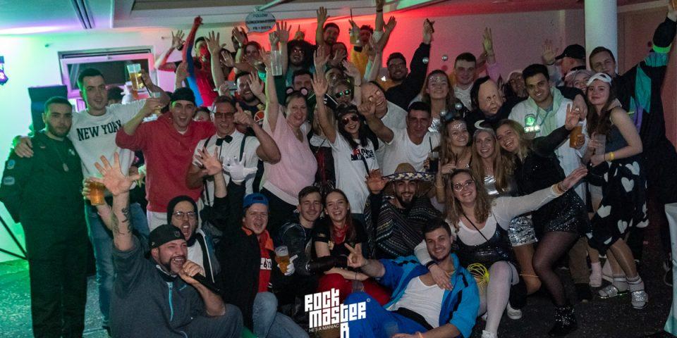 """Fasnet """"Ochsen"""" Neuhausen DJ Rockmaster B (Tag 5/5 Mo. 24.02.02)"""